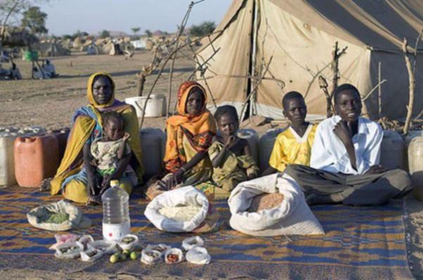 Tchad : la famille Aboubakar. 1,23€ pour trois adultes et trois enfants.