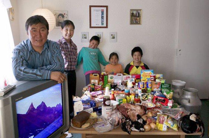 Groenland : la famille Madsens. 247€ pour deux adultes et trois enfants.