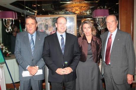 De gauche à droite: Mr BOERI, SAS Albert II, Mme GROSOLI KERWAT, Mr BRAGIOTTI - Photo: Montecarlotime