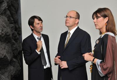 SAS le Prince Albert II et SAR la Princesse Caroline de Hanovre avec Didier Marcel - Photo (c) Charly Gallo CDP