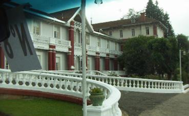 L'hôtel des Thermes, Antsirabé, Madagascar. Photo (c) Colette Dehalle
