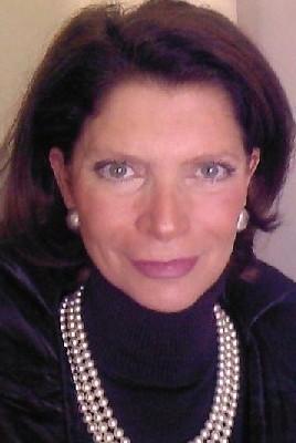WHO'S WHO: ELISABETH ZINGERLE-VANDUFFEL