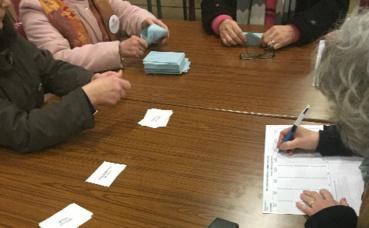 Dépouillement des votes du bureau Châteauroux 2. Photo © Gaspard Claude