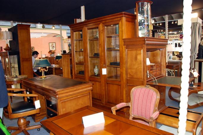 nice salon du meuble. Black Bedroom Furniture Sets. Home Design Ideas