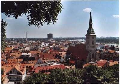 La solution viendra tant de Bratislava que de Budapest (wikipedia.org)