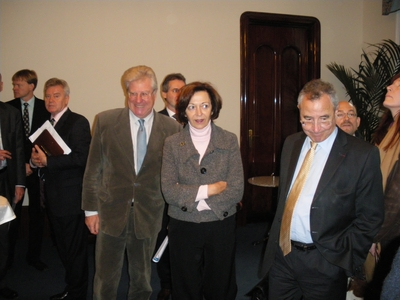 ECO - Les relations commerciales entre la France et la Hongrie tiennent le choc face à la crise économique