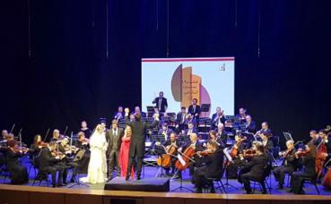 Orchestre symphonique albanais au Koweït. Photo (c) Bulent Inan.