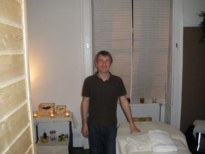 Amaury Cork vous accueille dans son nouveau salon de massage