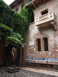 D'Alexandrie à Bordeaux par les terres - Balades italiennes