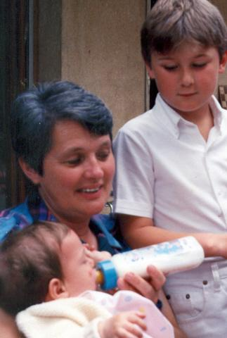 MARSEILLE : Mère de 22 enfants, Thérèse Garderes est au coeur d'une belle famille