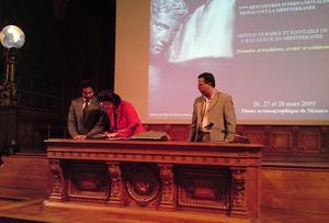 Signature de l'accord tripartite. Photo (c) CAP 3D