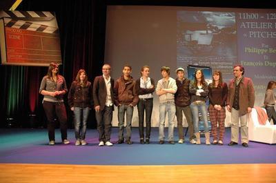 Les lauréats du Concours de pitch avec P. Besson et F. Dupeyron (c) DR