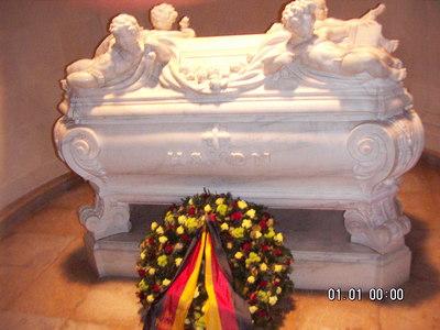 Tombeau du compositeur dans l'église du Calvaire d'Eisenstadt
