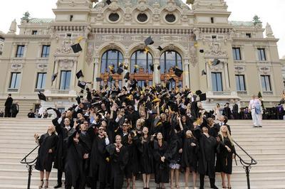 112 nouveaux diplomés à Monaco