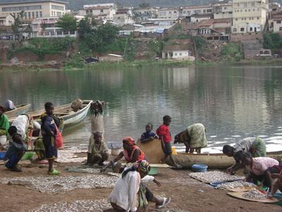 Courte fête du poisson et du pêcheur à Bukavu.