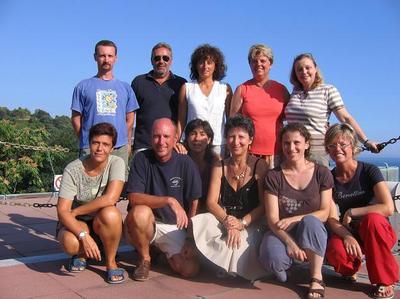 De gauche à droite, de bas en haut: Drs. S. Reynaud, A. Peirano, G. Cerrati, R. Delfanti Directrice CRAM, C. Rottier, A. Negri, A. Bordone, S. Sgorbini, S. Cocito, M. Abbate et C. Ferrier-Pagès