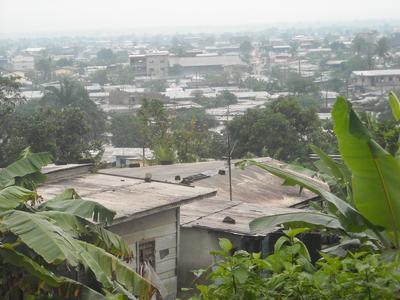 Une vue du quartier «Village». LA TAUDIFICATION EST ICI DE RIGUEUR.