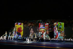 Youssou N'Dour et Magida El Roumi au cours de la cérémonie d ouverture VIes Jeux de la Francophonie, Cité Sportive Camille Chamoun, Beyrouth - Liban © Photo Jean-Yves Ruszniewski / CIJF