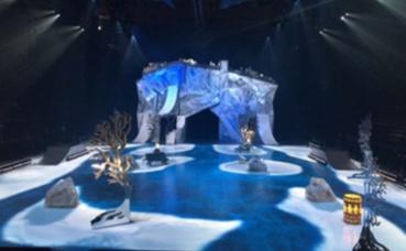 Le patinoire du Cirque du Soleil, avant le début du show. Photo prise par John Fuller.