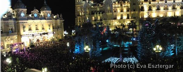 La place du Casino, lors des 12 coups de minuit, le 31 décembre 2009. Photo (c) Eva Esztergar