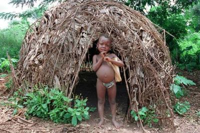 LES PYGMEES (AKA) en REPUBLIQUE CENTRAFRICAINE