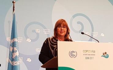 Marie-Pierre Gramaglia à la tribune de la COP 23. Photo (c) DR
