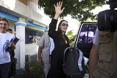 Angelina Jolie à Haïti. Photo (c) Sophia Paris / UN Photo