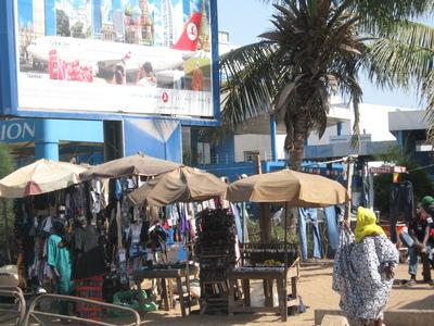 Le petit commerce au Sénégal. Photo (c) Elhadji Babacar MBENGUE