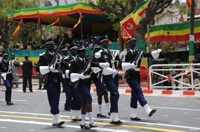 Passage de la gendarmerie nationale (C) Elhadji Babacar Mbengue
