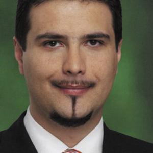 Depuis Attila Mesterhazy s'est rasé le bouc, accusé par certains de ressembler à Mephisto ! Photo (c) mszp.hu