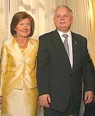 Le chef de l'Etat polonais Lech Kaczynski et son épouse Maria décédés dans un accident d'avion et inhumés dans le Panthéon polonais à Cracovie (Wikipedia Common, Mathiasrex)