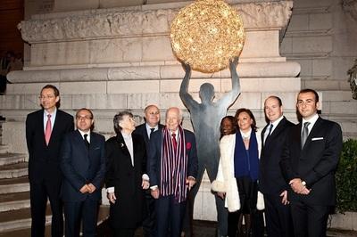 S.A.S. le Prince Albert II, Madame et Maestro Louis Frosio, et Les Amis de Louis Frosio. Photo (c) DR