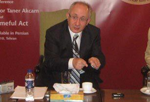 Taner Akçam : Les événements de 1915
