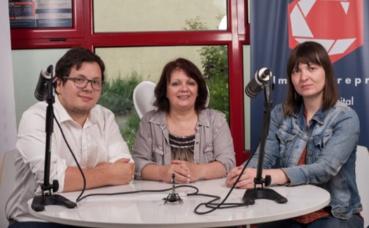 L'équipe de Scorpion Vidéo Production dans son studio digital flambant neuf. Photo (c) Mélisa Launay