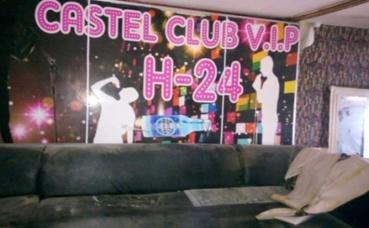 Club à Conakry. Photo (c) Boubacar Barry.