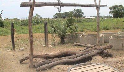 Comme ici, l'accès à l'eau potable est difficile pour les communautés de Kpaviédja (c) Le Municipal