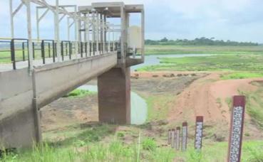Vue du barrage de la Loka à une vingtaine de km de Bouaké. Photo prise par Armelle Nga