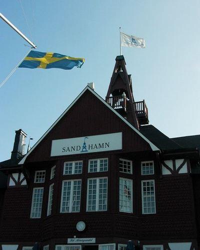 Le port de SandHamn est le haut lieu mondain de l'île du même nom (c) M.B.C.I.