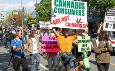 Manifestation pour la légalisation du cannabis à Vancouver. Photo (c) Jeremiah Vandermeer