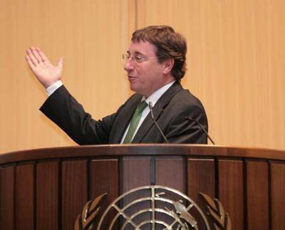 Achim Steiner: l'économie n'a pas de couleur (DR)
