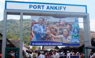 Photo prise par l'auteur lors de l'inauguration du port.