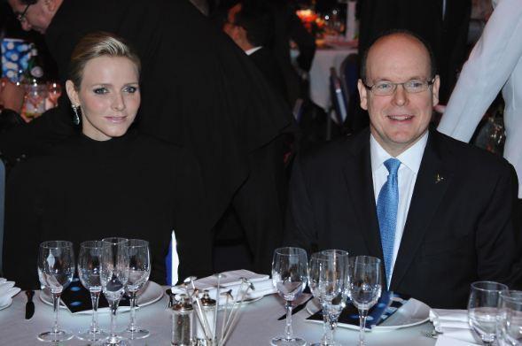 Le Prince Albert II de Monaco et Charlène Wittstock au dîner de gala. Photo (c) François Durand / Getty Images