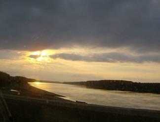Eternité et humanité… le beau Danube bleu