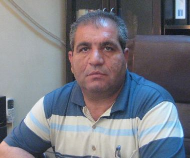 Syrie: L'avocat défenseur des droits humains Radeef Mustafa encourt une interdiction définitive d'exercer