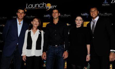 R. Nadal, Mme de Massy, N. Djokovic, Mélanie-Antoinette de Massy et JW. Tsonga. Photo (c) DR