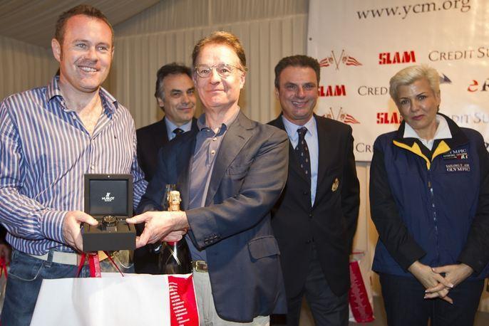 Les vainqueurs de la catégorie Dragon. Photo (c) Carlo Borlenghi