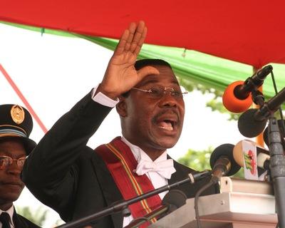 Boni Yayi, candidat à sa propre succession, avait prêté serment en avril 2006. Photo (c) Polycarpe Toviho