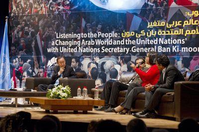 Au Caire, Ban Ki-moon appelle les dirigeants de la région à écouter leurs peuples