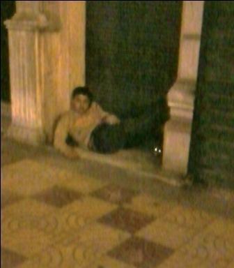 Au repos dans la rue (c) Ibrahim Chalhoub