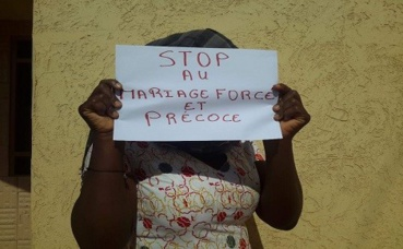 Une jeune fille disant non au mariage forcé et précoce. Photo (c) A. Tapsoba